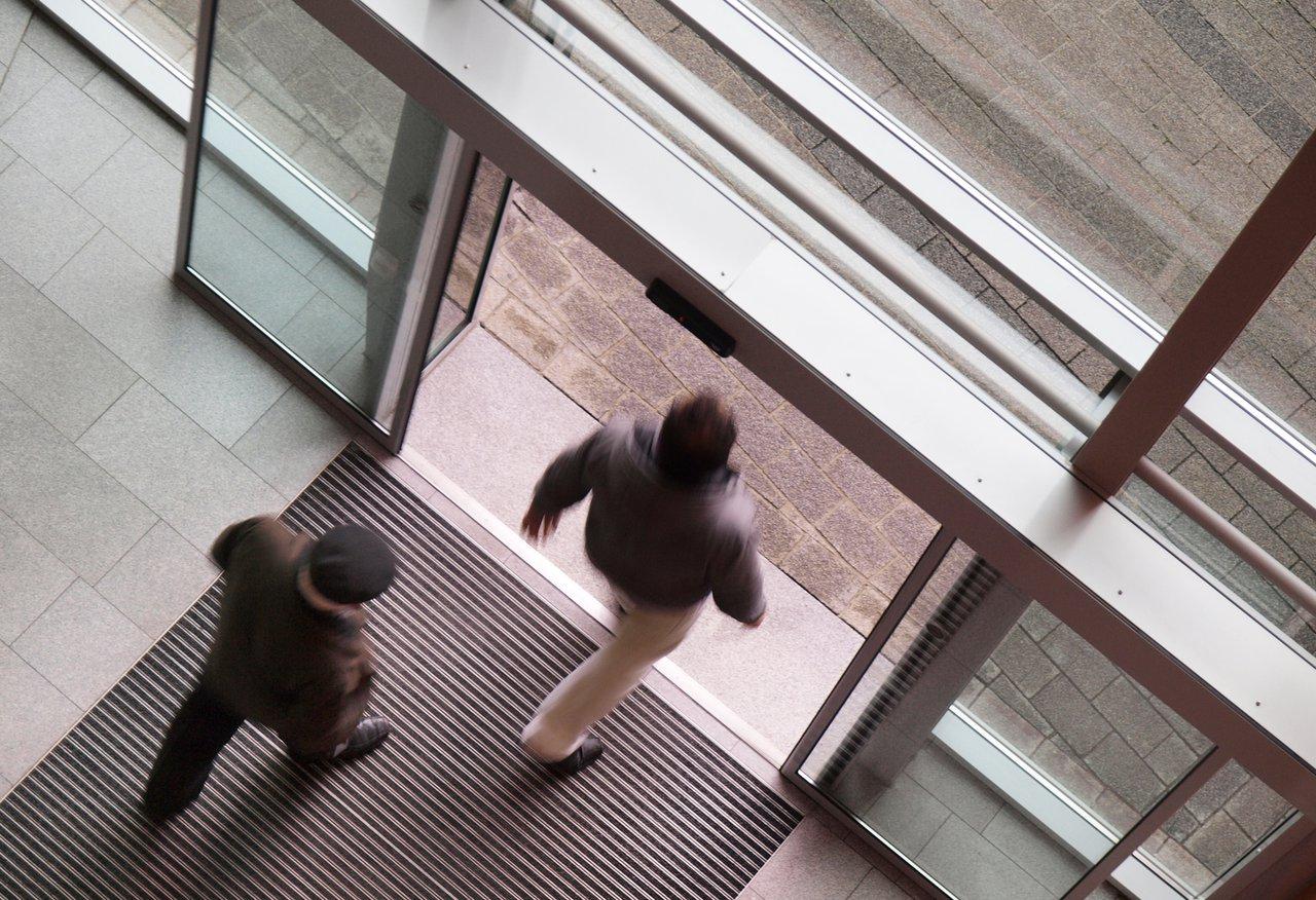 Fußboden Im Eingangsbereich ~ Sauberlauf im eingangsbereich für saubere böden im haus